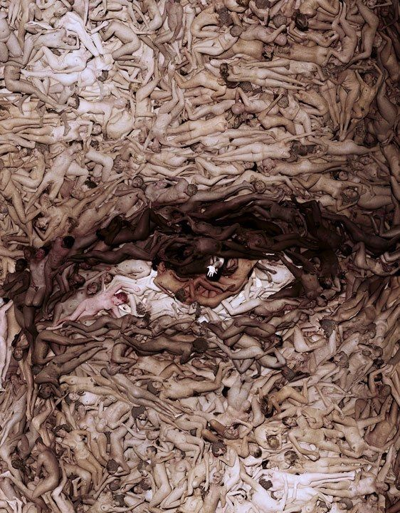 Arte con desnudos : Un ojo hecho a base de cuerpos desnudos juntos